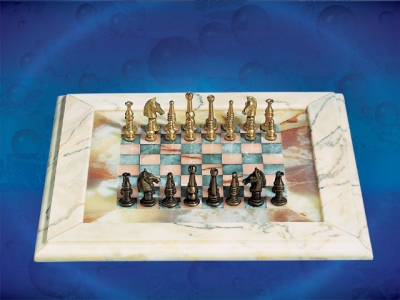Pink&turquise Chess Board_4